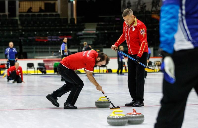 Tallinā kūst ledus, Latvijas kērlinga komandas paliek ārpus ceturtdaļfināla