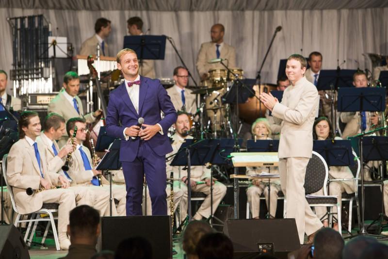 """Orķestris """"Rīga"""" sarunās par mūziku atklās """"Skolas muzikālos noslēpumus"""""""