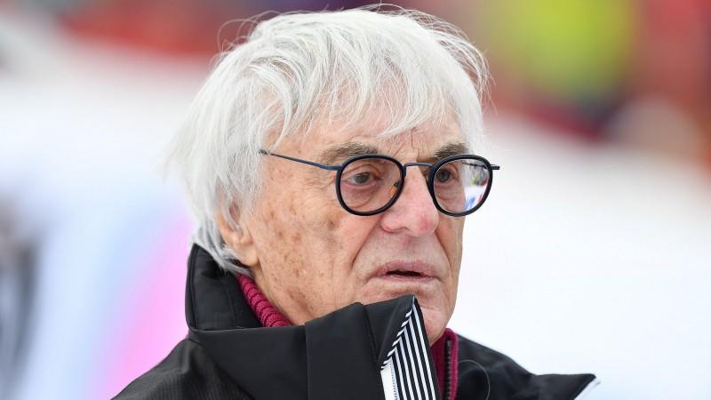 "Eklstouns prognozē ""Mercedes"" aiziešanu no F1"
