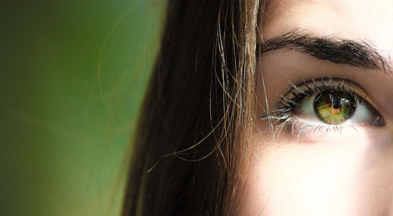 Krāsainās kontaktlēcas – ne tikai stilam, bet arī redzes korekcijai