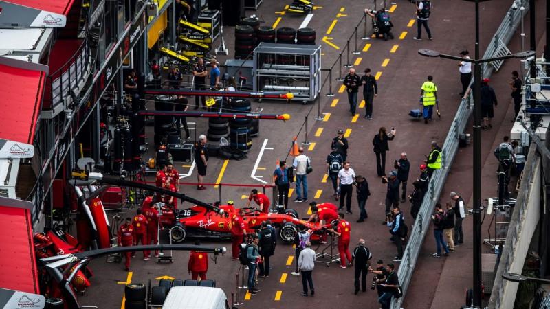 F1 komandas slēdz rūpnīcas, sezona varētu sākties jūnijā