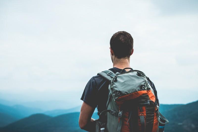 Gatavojoties aktīvam ceļojumam: mugursomas izvēles ceļvedis