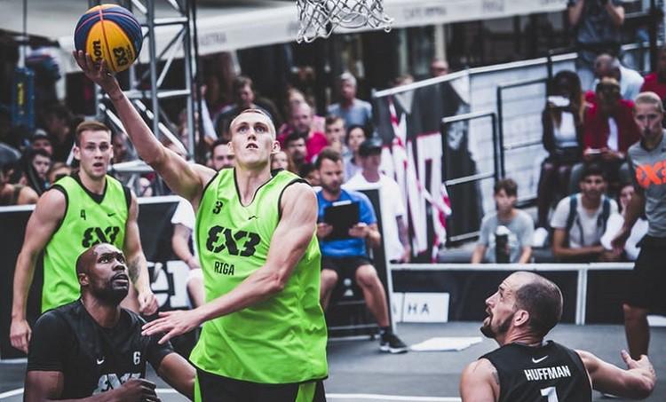 """""""Riga Ghetto Basket"""" iekļūst Pasaules tūres Naņdzjinas posma ceturtdaļfinālā"""
