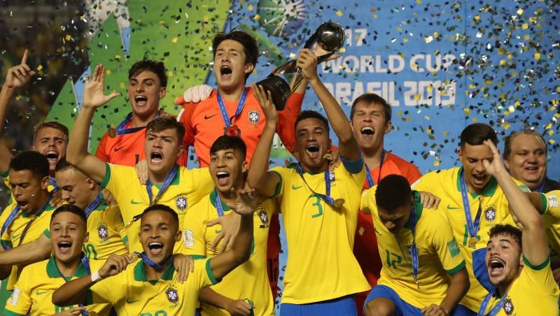 Treimanis finālā nozīmē pendeli, Brazīlijas U17 dramatiski izcīna Pasaules kausu