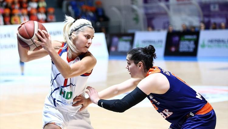 Babkina, visticamāk, paliks Turcijā, WNBA komanda sola aicināt arī nākamgad