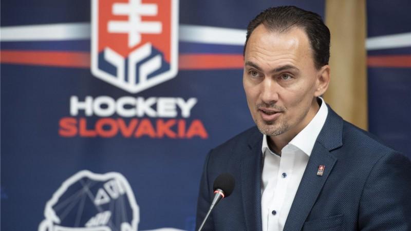 Slovākijā neziņā par jauno hokeja sezonu