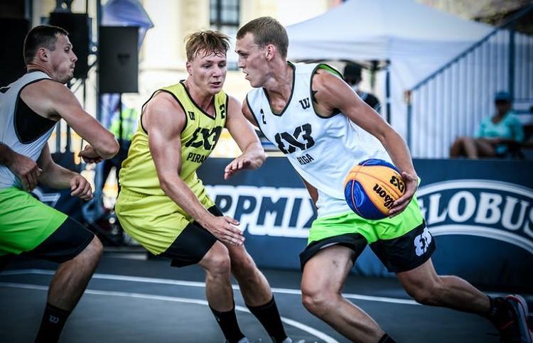 """""""Riga"""" 3x3 basketbolisti Pasaules tūres ievadā pusfinālā zaudē lietuviešiem"""