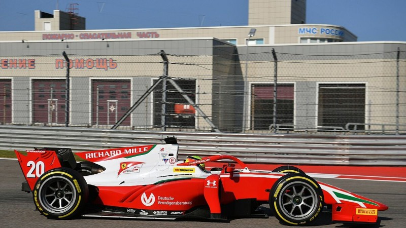 Šūmaheram vēl viena lieliska nedēļas nogale F2 čempionātā