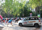 """""""Autobrava""""  sacensību dalībniekiem sniedz iespēju izmēģināt jauno Fiat 500L"""