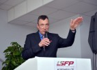 LSFP pieprasa vismaz četras sporta stundas nedēļā skolēniem