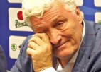 Video: Ržīha atskaitās reportieriem un raud