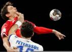 Pētersonam sarkanā kartīte Islandes zaudējumā, zviedri un baltkrievi cīnās neizšķirti