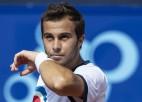 Gastons atspēlē četras mačbumbas pret Garinu, pirmoreiz tiekot ATP pusfinālā