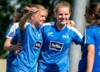 """""""Rīgas Futbola skola"""" grauj un astoto reizi kļūst par Latvijas čempioni sievietēm"""
