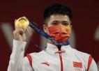 Ķīnai svarcelšanā pagaidām sokas perfekti - trīs disciplīnās trīs zeltas medaļas