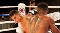Grundulis: 20 gados 10 uzvaras profesionālajā boksā, bet kājas uz zemes