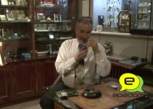 """Video: ''Alberta pīpes"""" īpašnieks R. Justs: """"Ar pīpes kūpināšanu ir tāpat, kā ar seksu..."""""""
