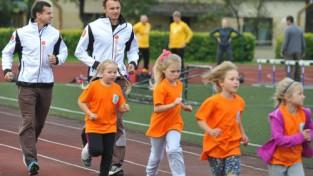 Siguldā atklāta Latvijā pirmā klase ar sporta novirzienu