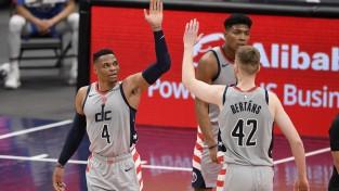 """Bertānam 17 punkti """"Wizards"""" zaudējumā pret """"Raptors"""""""
