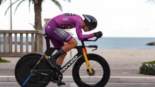 ''Tirreno – Adriatico'' noslēdzas ar van Ārta uzvaru solo braucienā