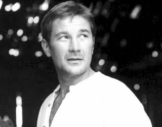 Miris aktieris Armands Reinfelds