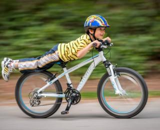 Ieteikumi bērnu drošībai, pārvietojoties ar velosipēdu