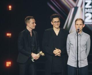 """Zināmi Zelta Mikrofons pretendenti kategorijā """"Radio hits"""""""