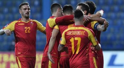 Melnkalnes futbolisti pirms spēles Rīgā izceļ jautājumus par laukuma kvalitāti un gaida tikai uzvaru
