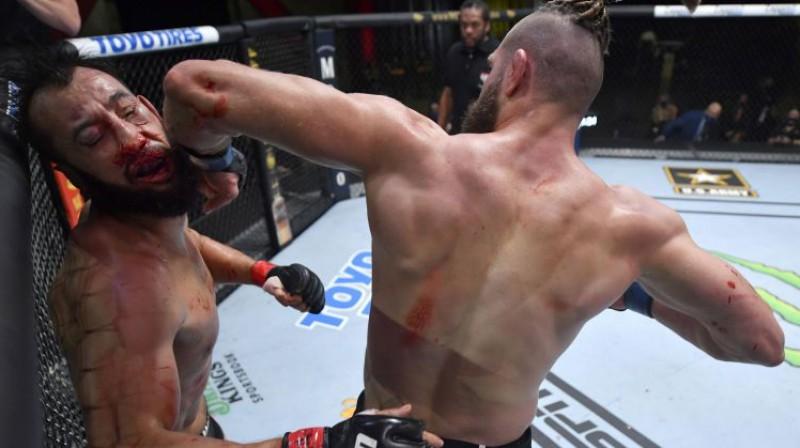 Jirži Prohāzka nokautē Dominiku Rejesu. Foto: MMAFighting.com