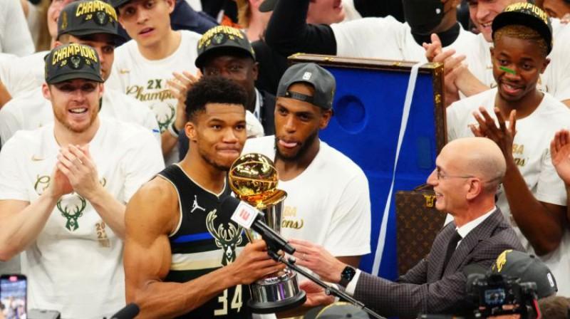Jannis Adetokunbo - 2021. gada NBA finālsērijas vērtīgākais spēlētājs. Foto: USA Today Sports/Scanpix