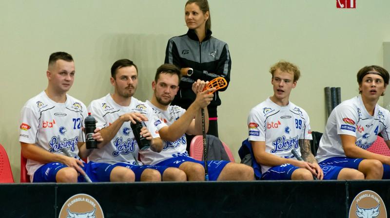 Olafs Zvīnis (pa kreisi) pie punktiem ticis desmit mačos pēc kārtas