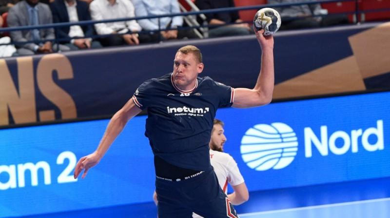 Dainis Krištopāns mačā pret Bukarestes ''Dinamo''. Foto: EHF