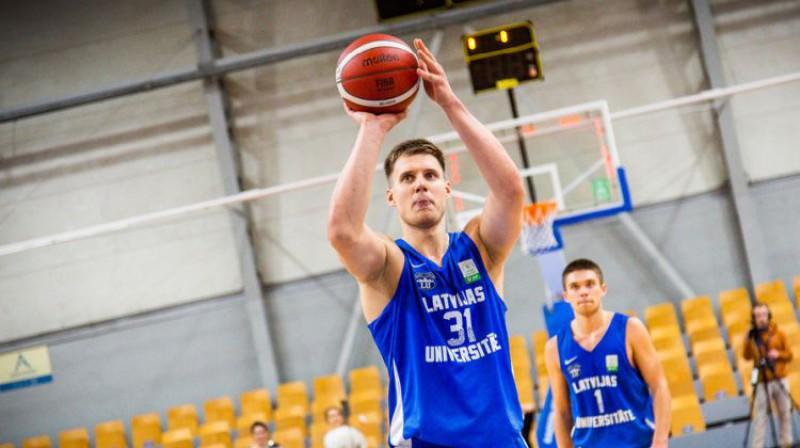 Edvards Mežulis. Foto: Sandijs Leicis/Latvijas Universitāte/estlatbl.com