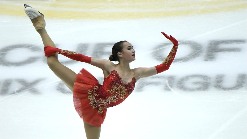"""Daiļslidošanas """"Grand Prix"""" finālā triumfē Zagitova, ledus dejās pasaules rekords"""