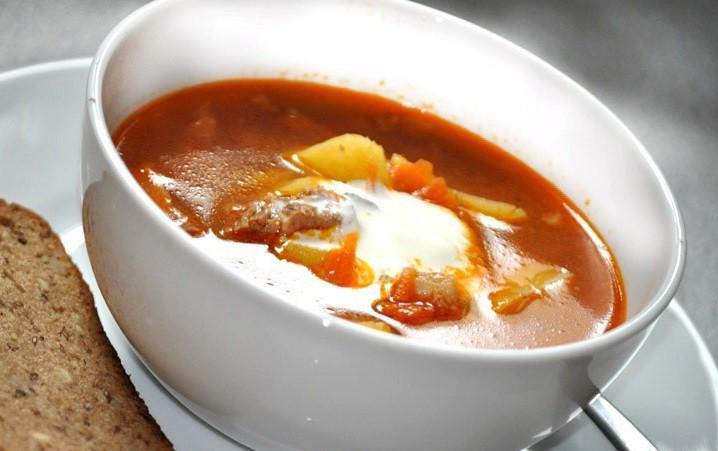 Jēra gaļas un nieru zupa