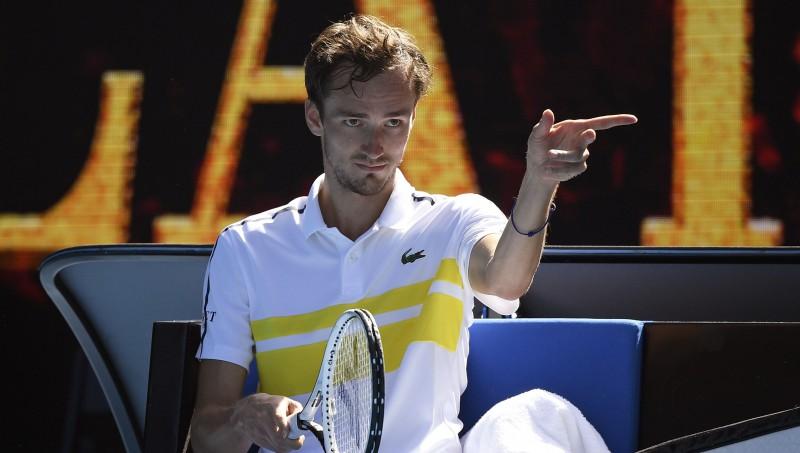 ATP ranga ceturtais numurs Medvedevs pirmoreiz uzvar piecu setu mačā