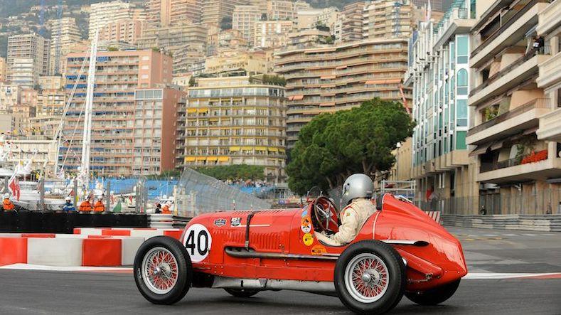 """Skandalozais Maldonado ar 1937. gada """"Maserati"""" startēs Monako trasē"""