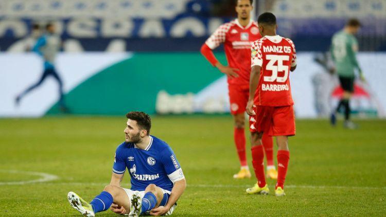 """""""Schalke 04"""" sezonas piektā galvenā trenera debijā cīnās neizšķirti ar """"Mainz 05"""""""