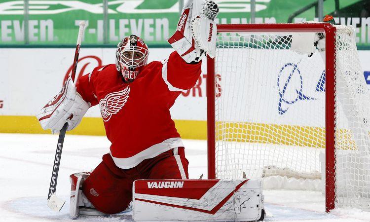 Greiss, Makdeivids un Varlamovs atzīti par NHL nedēļas labākajiem