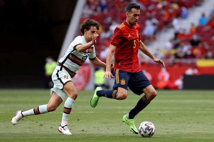 Spānijas kapteinim pozitīvs Covid-19, pret Lietuvu pārbaudes mačā spēlēs U21 izlase