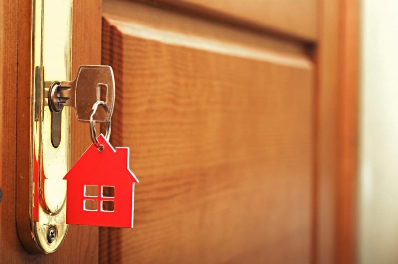 Durvis privātmājai - Ko ņemt vērā, izvēloties?