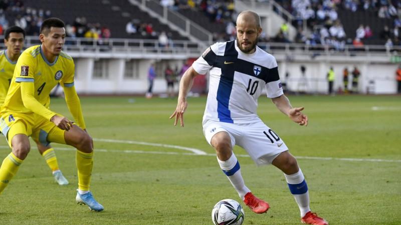 Somijas futbolisti pieveic Kazahstānu, kļūstot par D grupas vicelīderiem