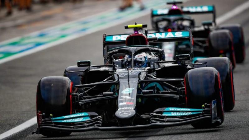 Kvalifikācijā uzvar Hamiltons, no pole Turcijā startēs Botass